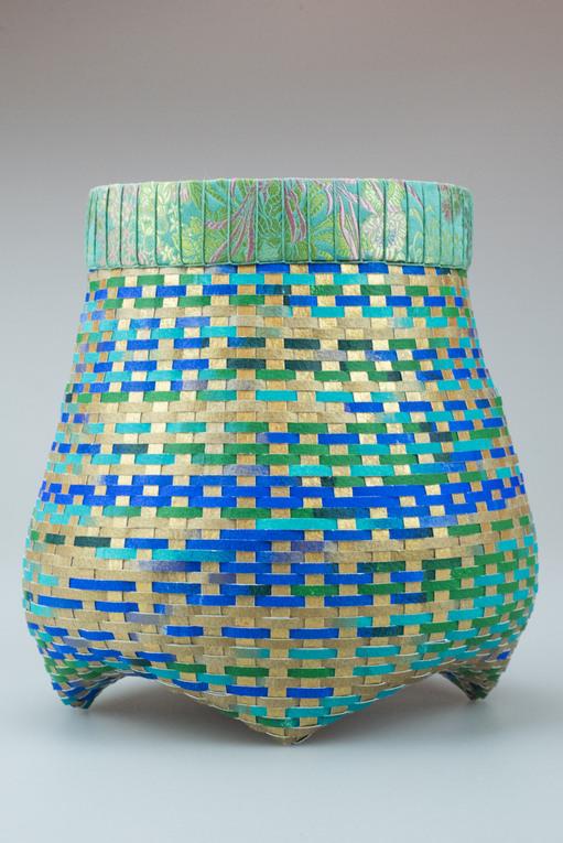 Silky Breezes Cathead Basket
